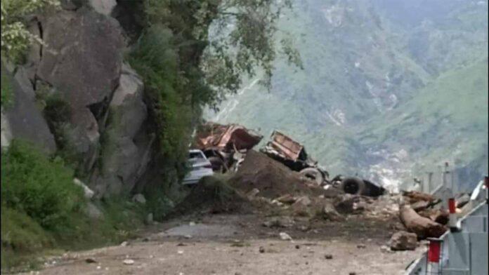 major landslide Nigulsari in Himachal Pradesh Kinnaur