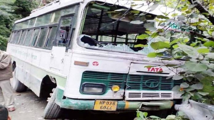HRTC bus crushed two youths in the capital Shimla